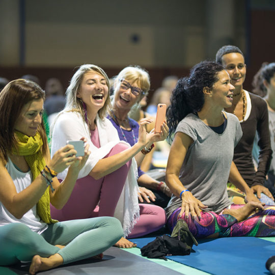 https://www.globalyogacongress.com/wp-content/uploads/2018/10/global-yoga-congress-1-540x540.jpg